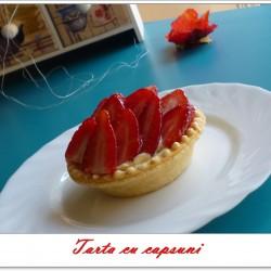 tarta capsuni